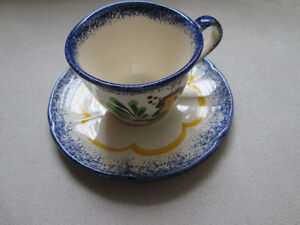 HAND PAINTED CUP & SAUCER MADE IN FRANCE West Island Greater Montréal image 1