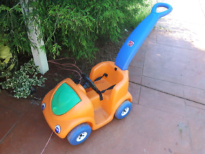 LITTLE KIDS PUSH CAR VERY GOOD CONDITION