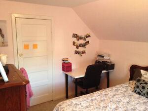 Amazing 5-bedroom Student House Across WLU Kitchener / Waterloo Kitchener Area image 2