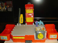 "RARE ""HANDY MANNY"" INTERACTIVE TOOL WORKSHOP KIT"