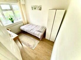 1 bedroom in Brunswick Park Road, East Barnet N11