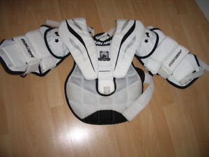 "Goalie chest protector size youth XL  """" Bauer prodigy """""