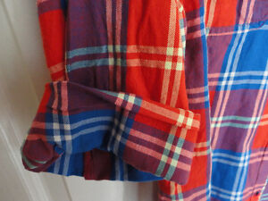 Women's Old Navy red plaid flannel dress shirt buttondown XL NWT London Ontario image 5