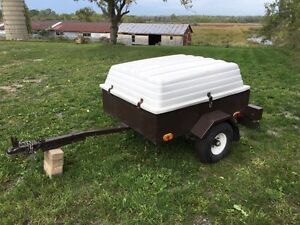 Small Trailer with removable fiberglass top - Excellent cond!