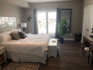Luxury Executive Furnished 2 BR Condo Barrie 4Rent Short Term
