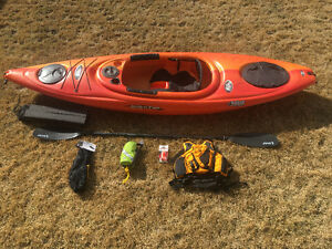 Kayak with all the fixins