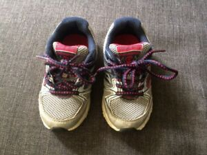 Saucony toddler runner shoe