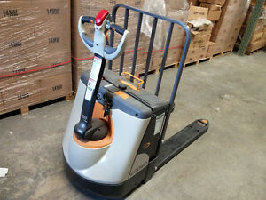 Electric Pallet Truck | Kijiji: Free Classifieds in ...