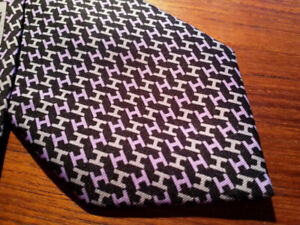 mint condition Hermes neck tie Made In France $100
