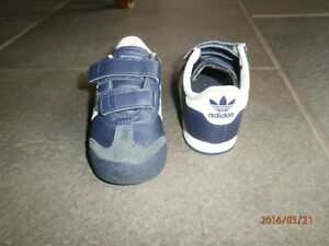 Adidas shoes toddler size 6 London Ontario image 2