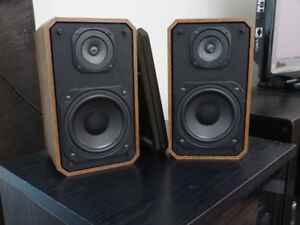Optimus s7s Speakers