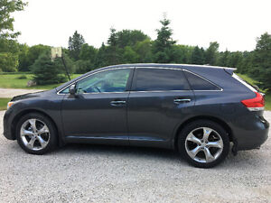 2010 Toyota Venza V6 AWD Touring package