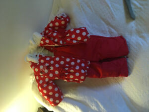 6-12 month Minnie Mouse snow suit.