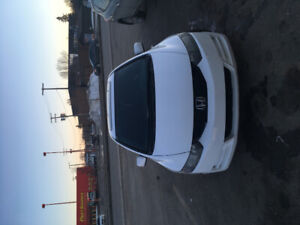 2010 Honda Civic couple 2 doors 2wd 4,200$ with only 169 k on it