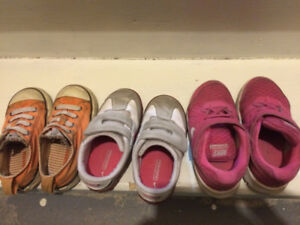 Toddler shoes 6 pairs $15 for all