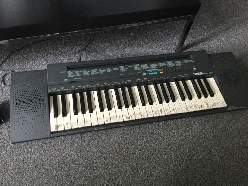 Yamaha Psr 100 Keyboard In Stockport Manchester Gumtree