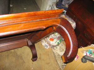 antique coffee table mahogany in bancroft Kawartha Lakes Peterborough Area image 3