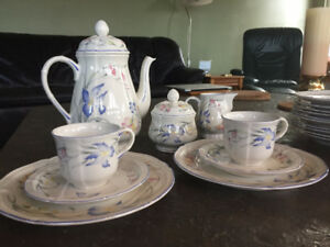 "Villeroy & Boch ""Riviera"" coffee service for 12 - like new"