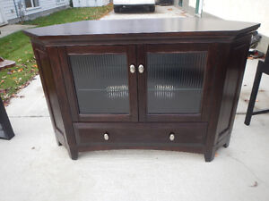 solid maple corner TV unit
