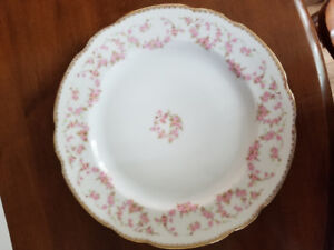 Schumann - Bavaria, Original Bridal Rose Fine China  for sale