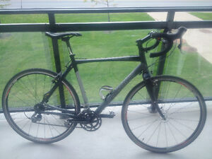 SPECIALIZED SLX MAX Excellente condition valeur de 2200