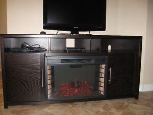 Foyer electrique meubles t l divertissement dans for Meuble a donner montreal