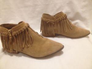 Ladies Aldo Tan Suede Leather Fringed Low Ankle Zipped Boots 8M
