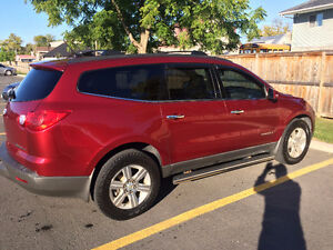 2010 Chevrolet Traverse 1LT SUV, Crossover