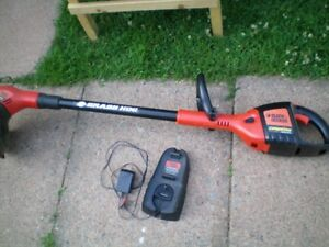 Black & Decker Line Trimmer