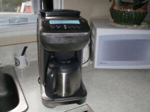 Cafetiere breville model BDC 600 XL Fonctionnelle