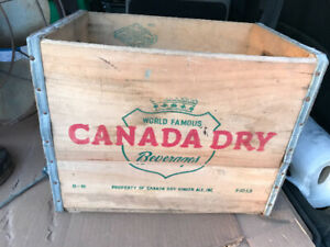 VINTAGE 1953 CANADA DRY WOOD BOX CRATE