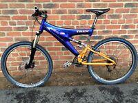 Trek Y22 carbon full suspension mountain bike