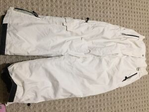 Girls 2 snow suit size 12-14??? Peterborough Peterborough Area image 2