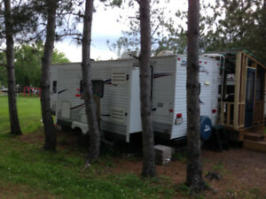 Travel Trailer for Sale (REDUCED for quick sale)