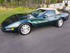 REDUCED $15,750  1994 CORVETTE CONVERTIBLE 6SPD ONLY 60,000 KMS