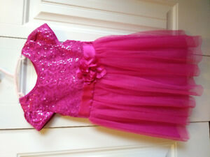 Girl's Size 4 -5 Dress