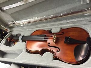 Zev Full Size Violin Outfit with case and bow Edmonton Edmonton Area image 1