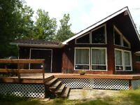 Victoria Beach / Wanasing Unrestricted area Home / Cottage