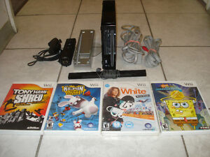 Wii (Black Edition) Complete w/Over 3000 Games!