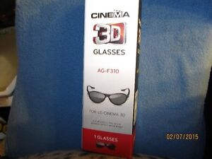 NEW in the box LED CINEMA 3D GLASSES London Ontario image 1