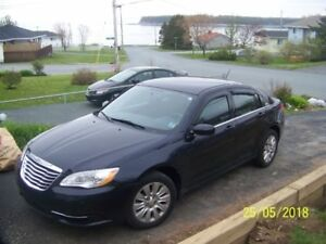 2012 Chrysler 200 LX, low mileage, one lady owned/driven