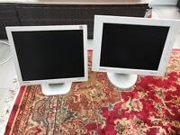 2 x Samsung PC Monitor TV Screen LCD computer