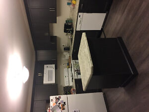 Looking for Roommate in Yorkton - young, female professional