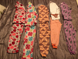 Excellent Condition!  Toddler Girl Pyjamas Size 4T