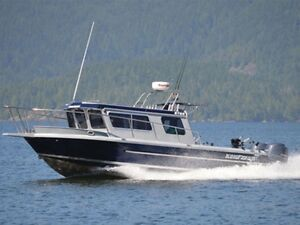 2016 KingFisher 2725 Offshore