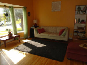 2-Floor Eclectic House for July, Mayland Heights