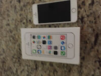 Mint condition IPhone 5s white/gold