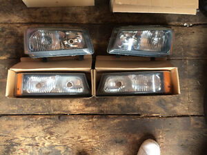 03-06 OEM Chevy headlights