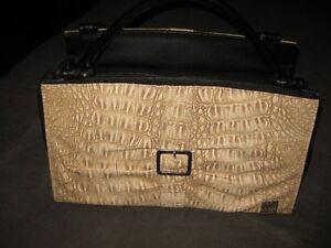 MICHE bag/purse and 4 shells...excellent deal! St. John's Newfoundland image 8