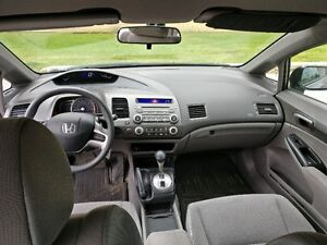 2006 Honda civic  DX-G Sedan West Island Greater Montréal image 6